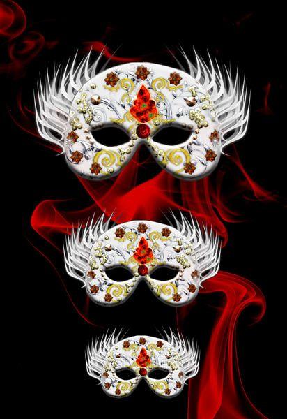 Three Masks van Rosi Lorz