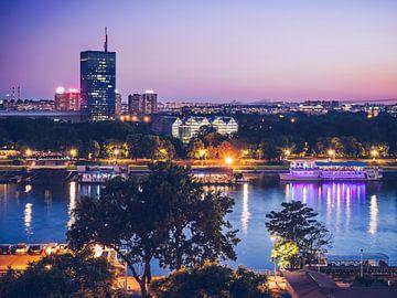 Belgrade - Blue Hour Skyline van Alexander Voss