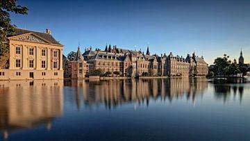 regeringsgebouwen aan de Hofvijver in Den Haag sur gaps photography