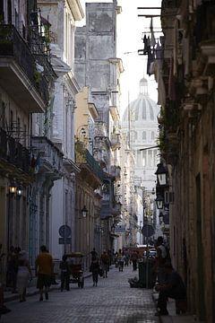 Steeg in Havana van Karel Ham