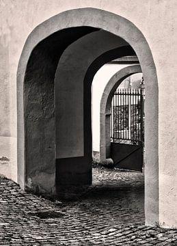 Poortje in Munstermaifeld van Fons Bitter