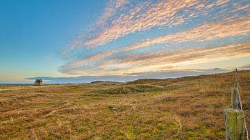 Duinlandschap Julianadorp bij een zonsondergang van eric van der eijk