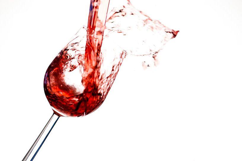 Splashing red wine sur Martijn Smit
