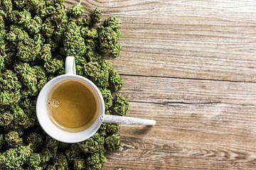 Kaffee und Gras von Felix Brönnimann