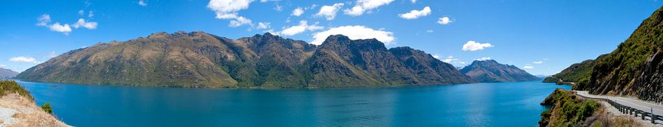 Panorama: blauw meer