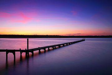 Langer Steg im Sonnenuntergang
