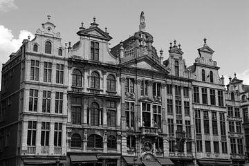 Brussel - Grote Markt. Kenmerkende panden in zwart-wit von Ronald Pieterman
