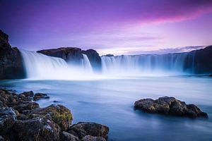 Godafoss, IJsland bij zonsondergang von