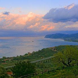 Sunset at  the North Coast of Sicily van Gisela Scheffbuch