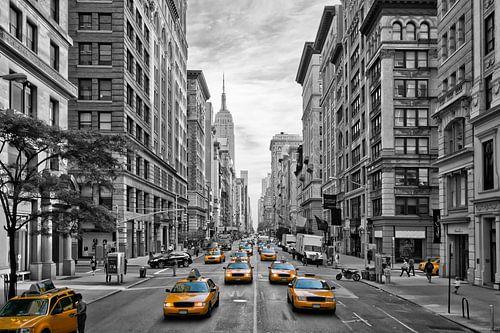 5th Avenue NYC Verkehr von Melanie Viola