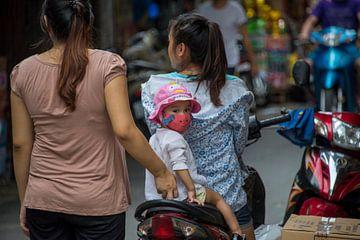 Kind op scooter van Bram de Muijnck