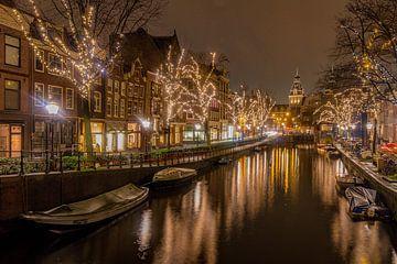 Spiegelgracht Amsterdam op kerstavond. van Gerard Koster Joenje (Vlieland, Amsterdam & Lelystad in beeld)