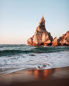 Portugal strand tijdens golden hour van Dayenne van Peperstraten