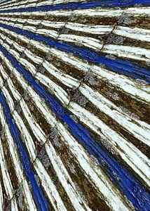 Markierung in weiß und blau