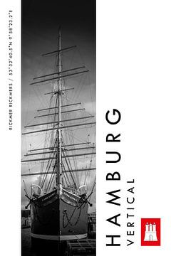 Hamburg Vertical Rickmer Rickmers (zwart-wit) van Christian Müringer