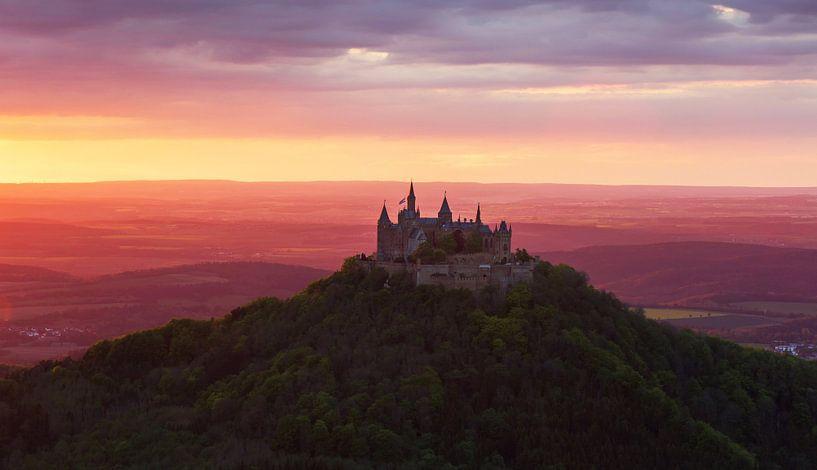 Kasteel Hohenzollern bij zonsondergang van Frank Herrmann