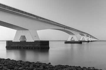 Zeelandbrug zonsondergang Zwart Wit van de Roos Fotografie