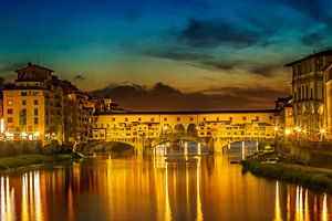FLORENCE Ponte Vecchio at Sunset