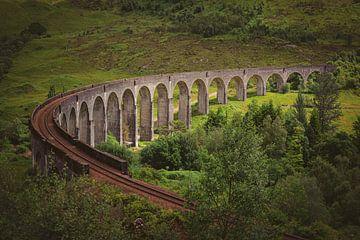 Lichtshow am Glenfinnan-Viadukt in Schottland