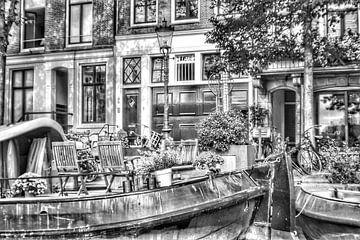 Amsterdam Kanalszene schwarz-weiß von Shirley Douwstra