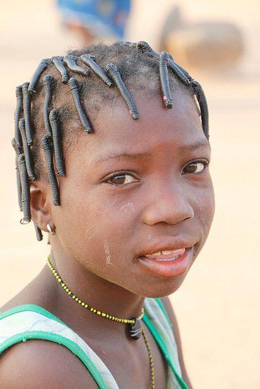 Peulh meisje van Cora Unk