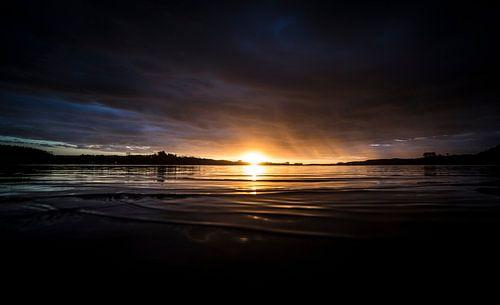 Zonsondergang over het Kai Iwi Meer van Studio W&W