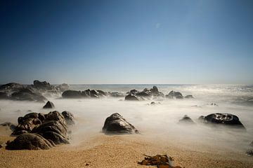 rochers sur la plage de Quião au nord du Portugal sur gaps photography