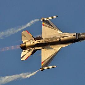 F-16 straaljager sur Rogier Vermeulen