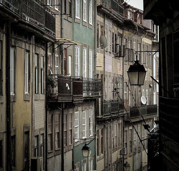 Straatbeeld Porto van Hennnie Keeris