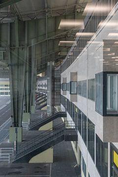 Flughafen in Berlin von Hans Monasso