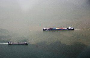 Varende schepen op het IJ