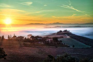 Mistig Toscane - Italie von Roy Poots