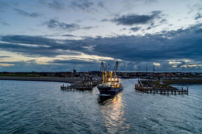 TX1 verlaat veilige Oudeschild  -Texel van Texel360Fotografie Richard Heerschap