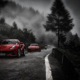 Ferrari on the Stelvio van Eppo Karsijns