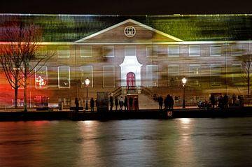 Hermitage met lichtstrepen van Remco Swiers