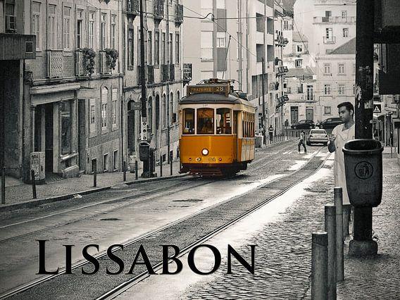 Lissabon - Tram  28 van Carina Buchspies