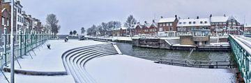 Schleusen- und Drehbrücke Hellevoetsluis von Bob de Bruin