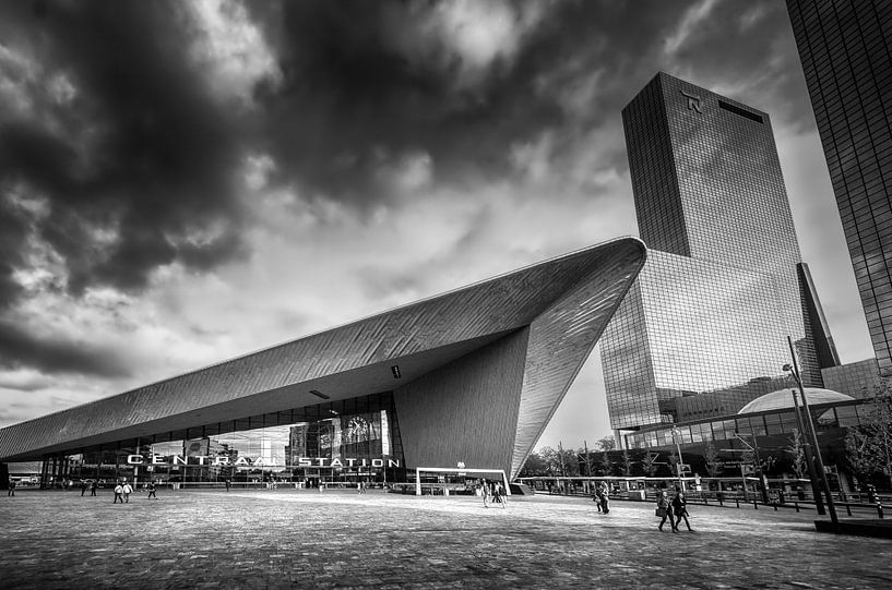 Rotterdam Centraal Station - Zwartwit van Ricardo Bouman | Fotografie