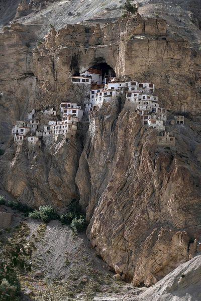 Phugtal Gompa, een Boeddhistisch klooster in Ladakh, India van Affect Fotografie