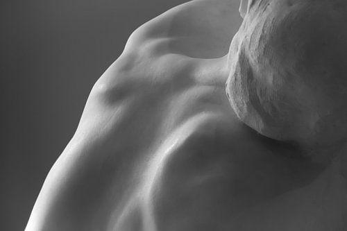 Detail van De Kus, beeldhouwwerk van Rodin van