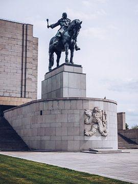 Prague - Monument national à Vitkov / Statue Jan-Žižka sur Alexander Voss