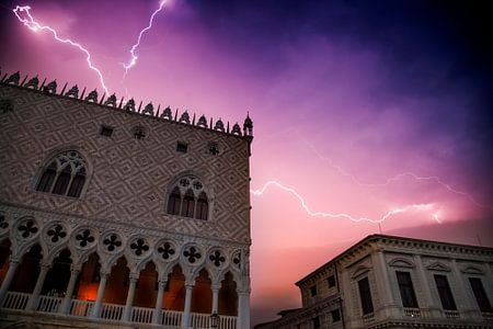 VENICE Heavy Thunderstorm over Doge?s Palace