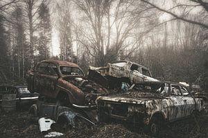 Verlaten autowrakken van