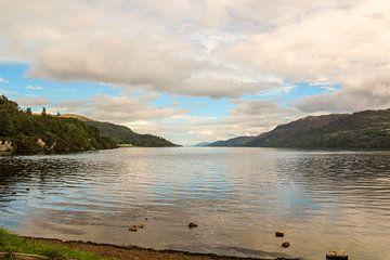 Een Meer in Schotland / Scotland :  Meer van 'Loch Ness' von Tineke Roosen