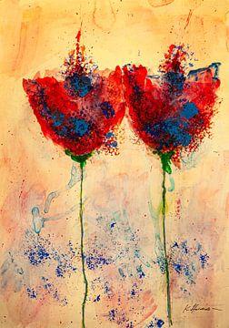 Twee rode blauwe klaprozen met lange stelen van Klaus Heidecker