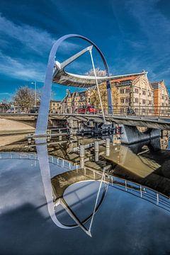 De Blokhuispoort brug in Leeuwarden van Harrie Muis