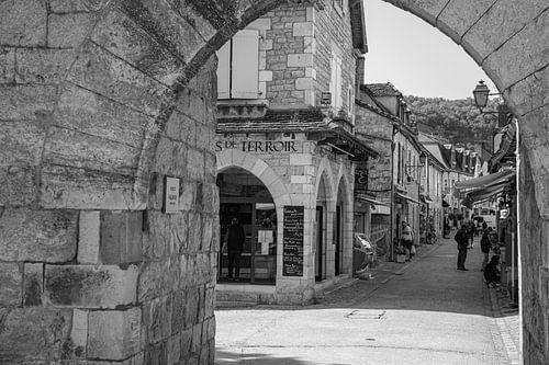 Poort in het dorp Rocamadour in Frankrijk