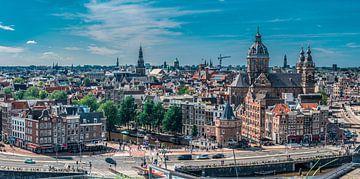 Vue panoramique du centre d'Amsterdam, Prins Hendrikkkade sur Rietje Bulthuis