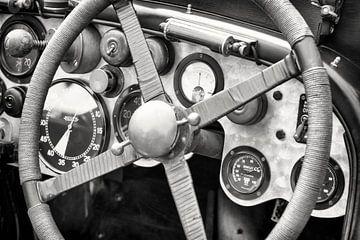 Vintage Bentley race auto dashboard van
