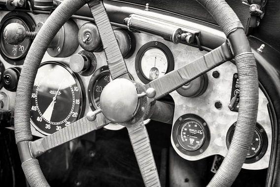 Vintage Bentley race auto dashboard van Sjoerd van der Wal